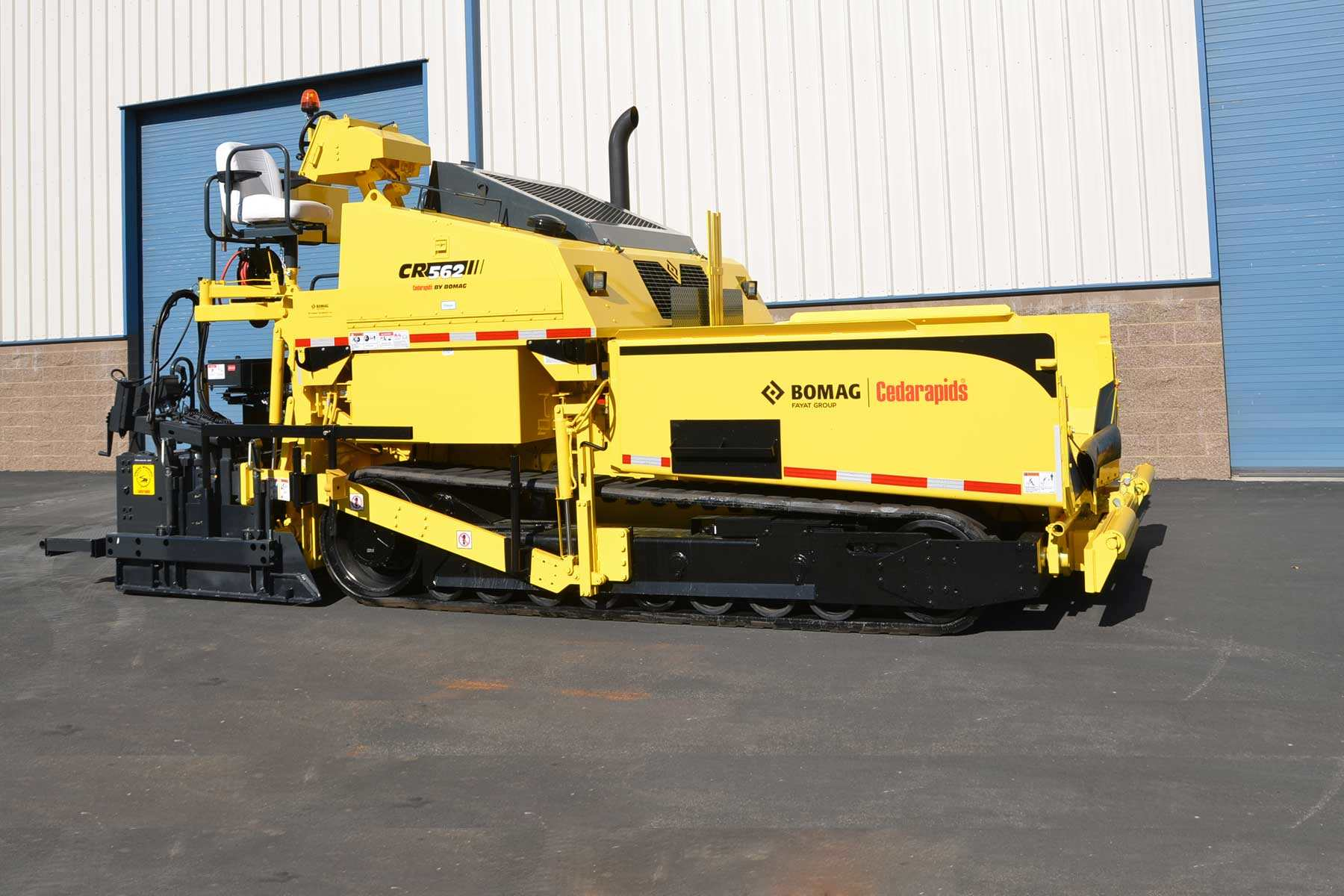 The New Cedarapids CR552 Paver From Bomag